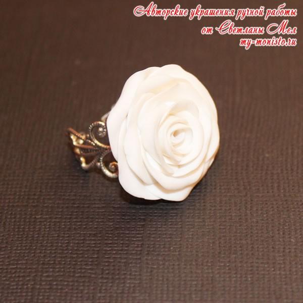 """Кольцо """"Белая роза"""""""